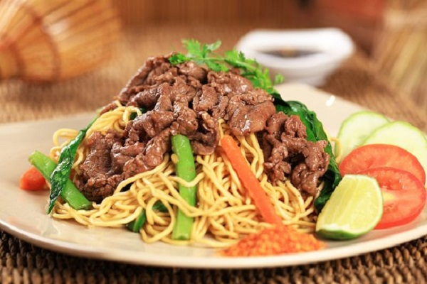 Mi xao plat vietnam